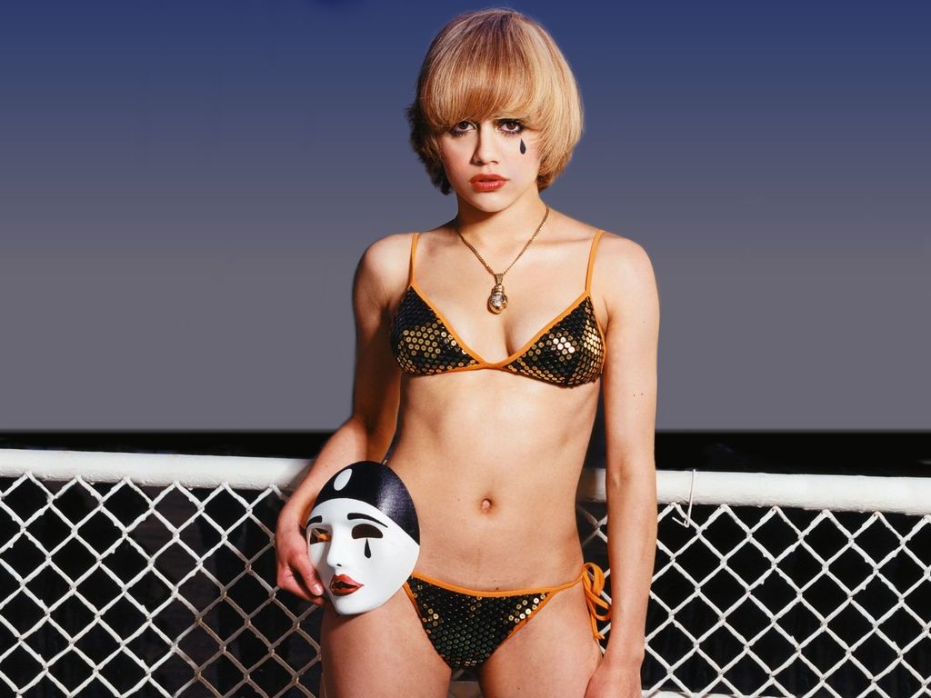 Brittany Murphy naked pictures