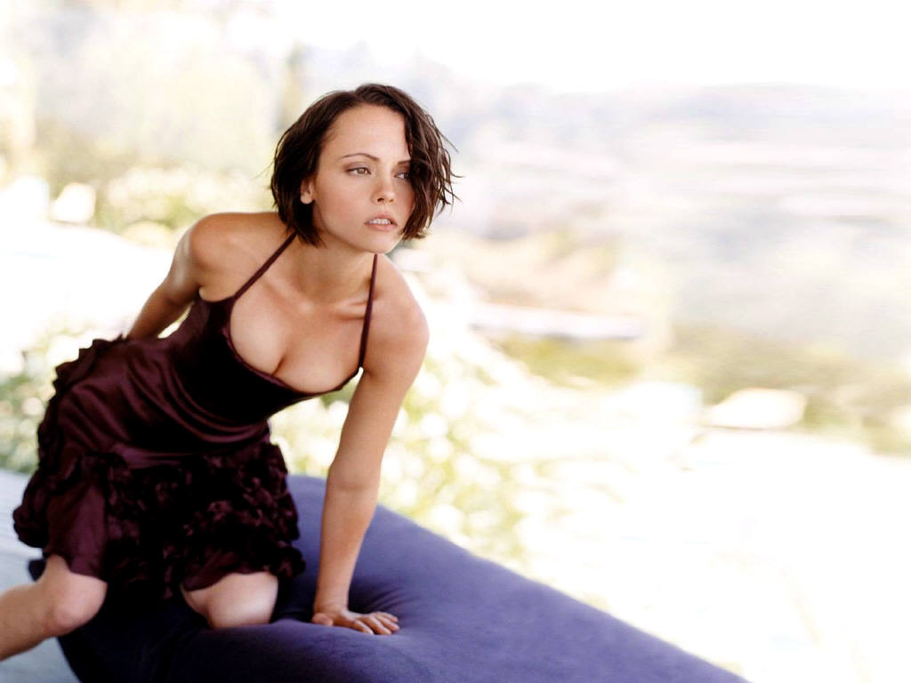 Christina ricci in a sexy black dress