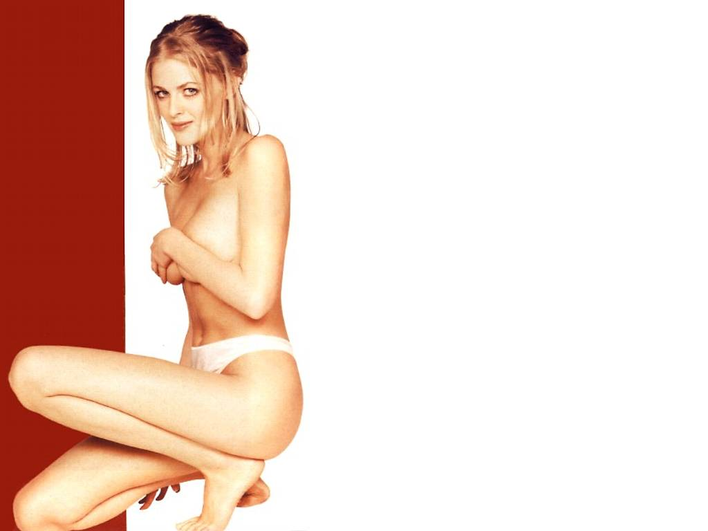 Donna air nude pics