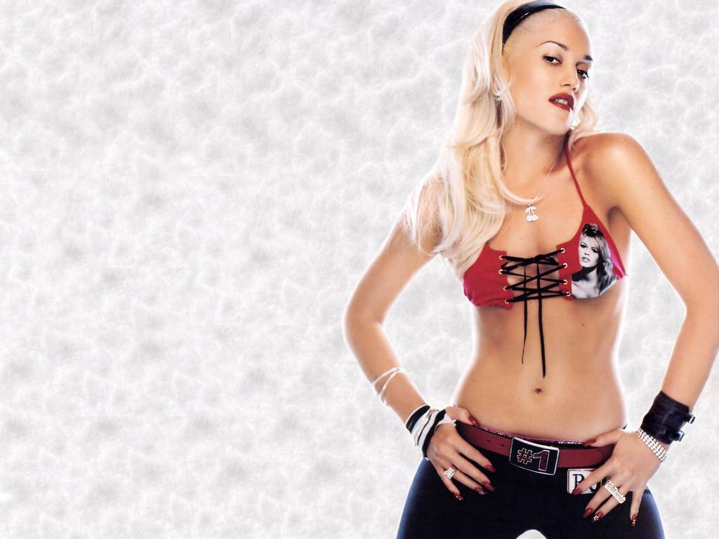 Sexy Gwen Stefani Gallery of Hot Pics & Photos