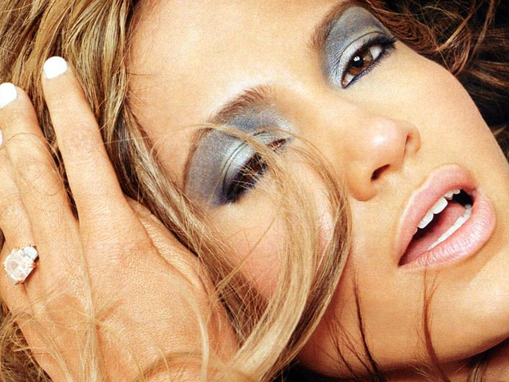 J-Lo-162.JPG - Picture of J-Lo