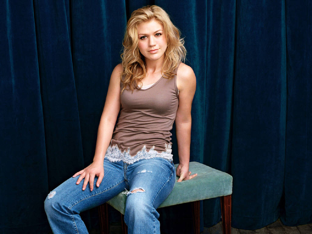 Kelly-Clarkson-52.JPG - Picture of Kelly-Clarkson