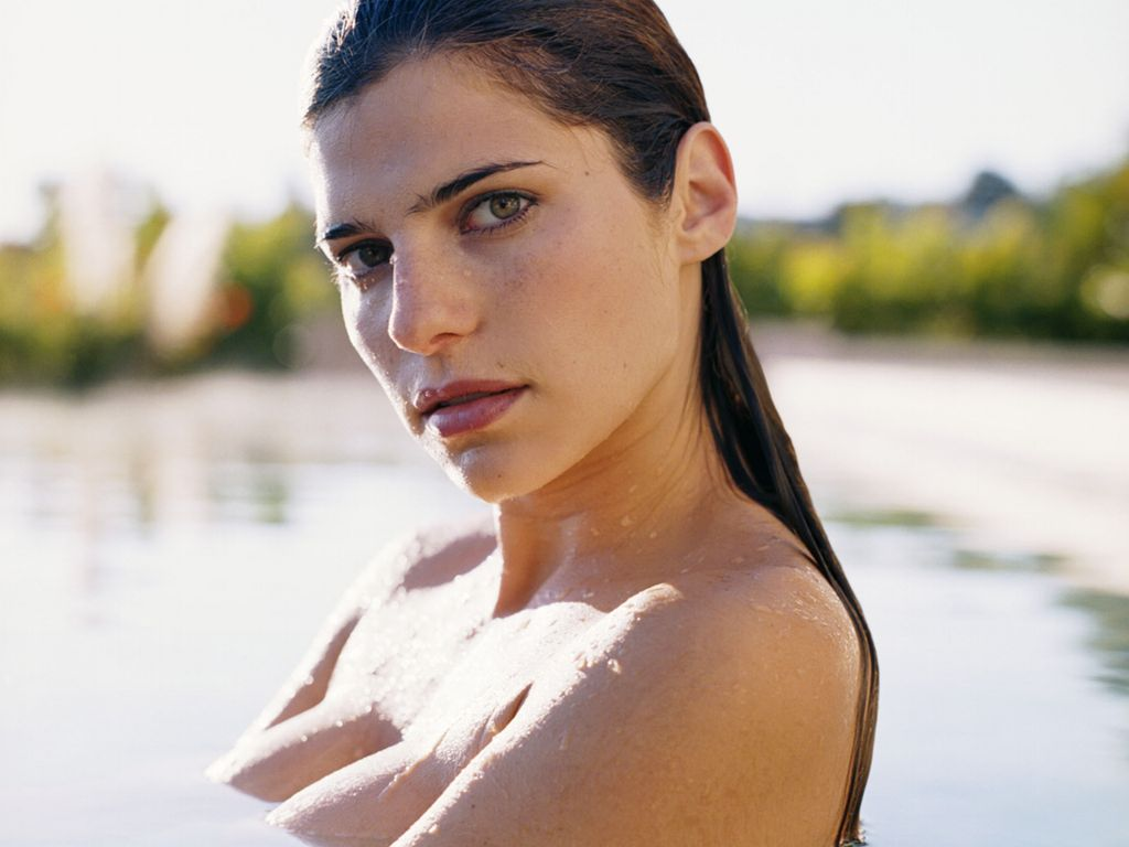Lake-Bell-1.JPG - Picture of Lake-Bell