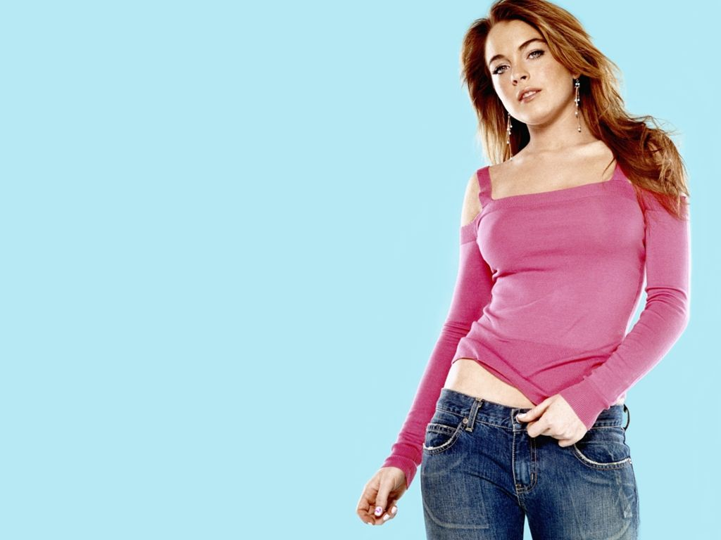 Linday lohan sexy pics that interrupt