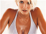 Lisa-Faulkner-1-thumb.JPG - Picture of Lisa Faulkner