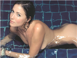 Lisa-Snowdon-1-thumb.JPG - Picture of Lisa Snowdon
