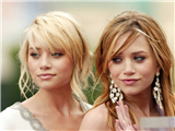 Olsen-Twins-1-thumb.JPG - Picture of Olsen Twins
