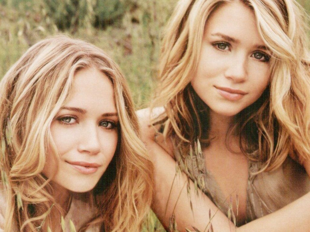 Olsen-Twins-31.JPG - Picture of Olsen-Twins