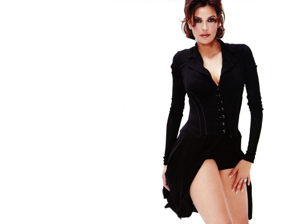 teri hatcher sexy wallpaper images