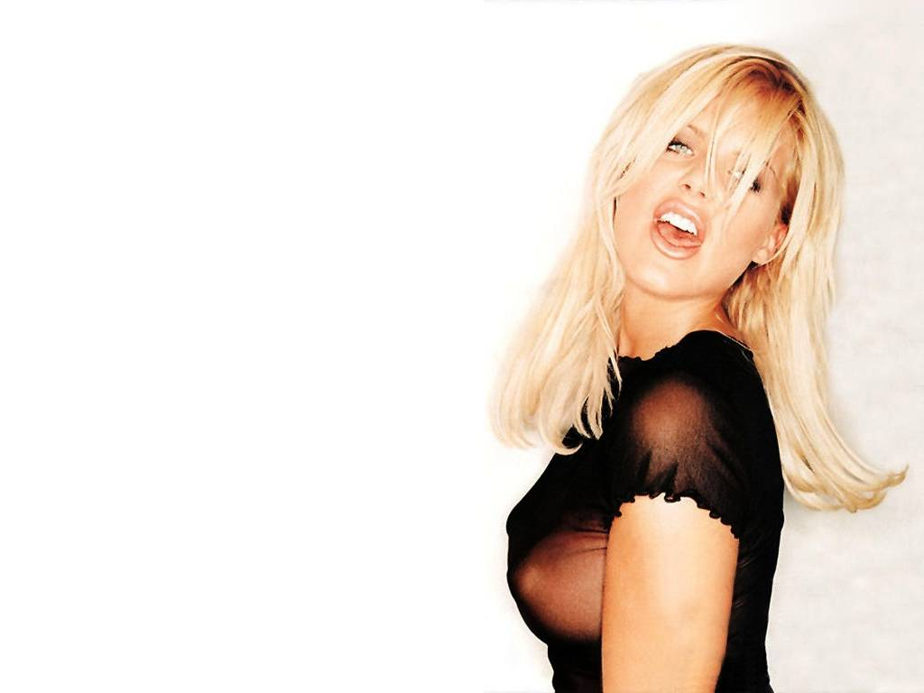 t p victoria silvstedt.